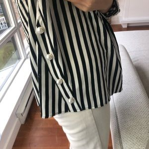Zara Tops - Blouse with pearls
